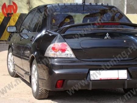 Стеклопл.Бампер задний Mitsubishi Lancer IX в стиле EVO